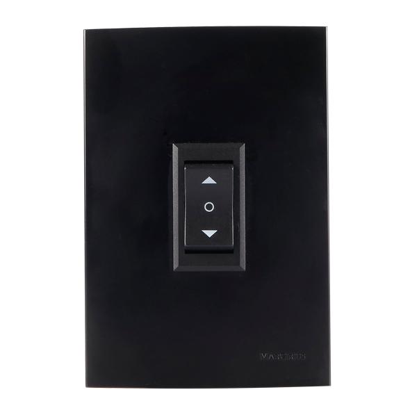 interruptor para aparelhos na cor ebony (preta)